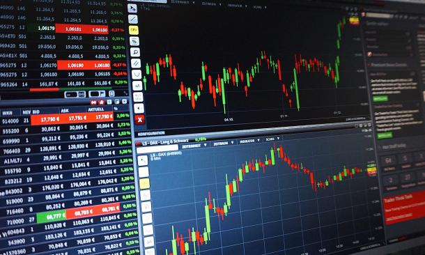 Technology Stocks: Slingshot Surge or Tipping Point?